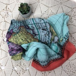 Accessories - Big infinity world map scarf